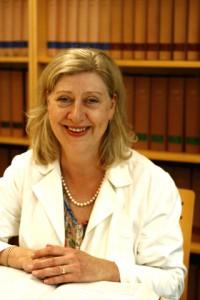 Susanne Engelhardt: Rechtsanwältin und Fachanwältin für Arbeitsrecht sowie Fachanwältin für Sozialrecht